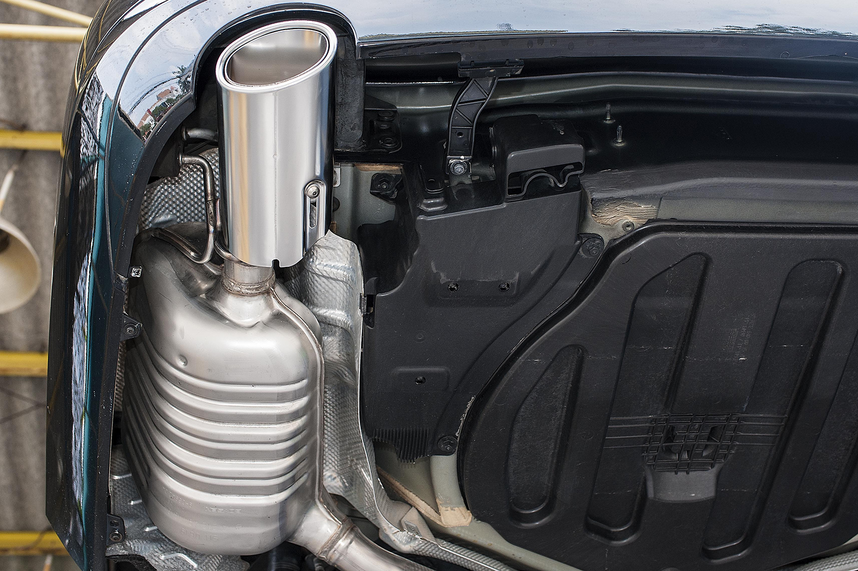 Mercedes Benz W212 E300 for Cquartz Finest Coating